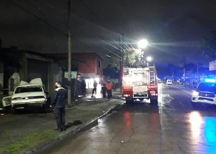 Fuerte choque en Villa Fiorito: un hombre resultó gravemente herido