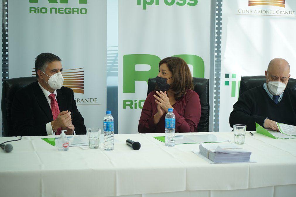 La gobernadora de Río Negro firmó un acuerdo marco con Clínica Monte Grande