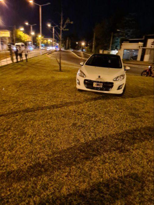 Grave accidente en Monte Grande: una camioneta cayó en el paso bajo nivel de Cervetti