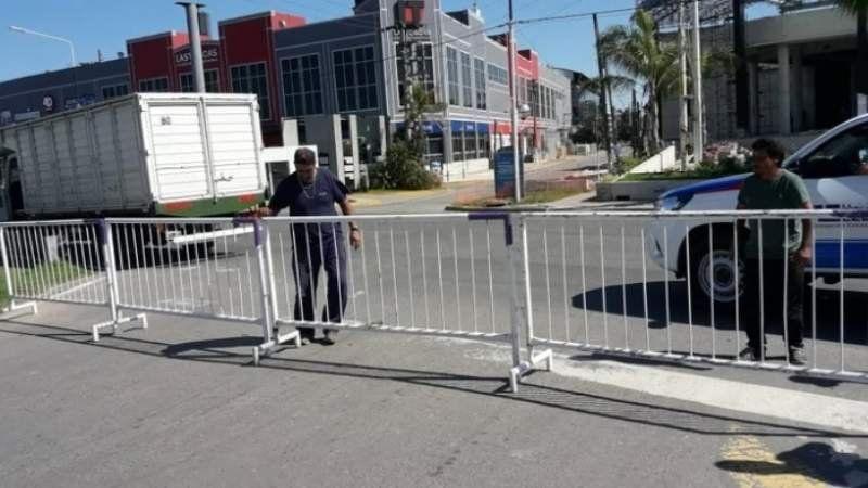 """Los problemas en Canning por el """"cierre de fronteras"""" de Ezeiza"""