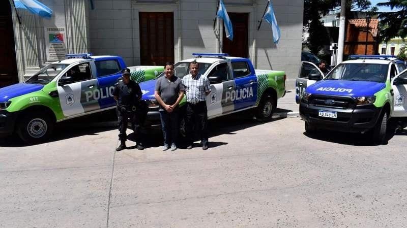 Cómo fue el traspaso de mando entre Mauricio Gomez y Nicolás Mantegazza en San Vicente