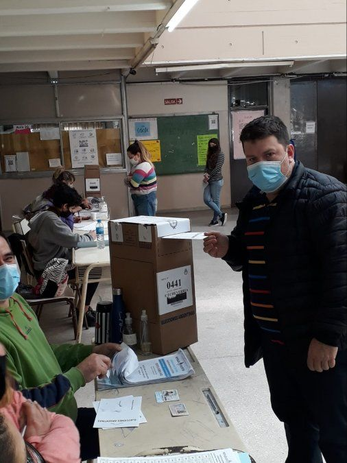 Monte Grande: Votó Marcos Domenichini