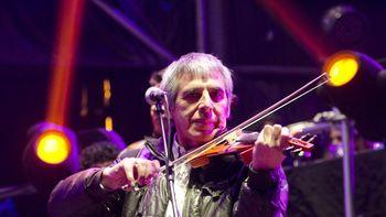 Peteco Carabajal y varios artistas tocarán gratis este domingo en Lomas de Zamora