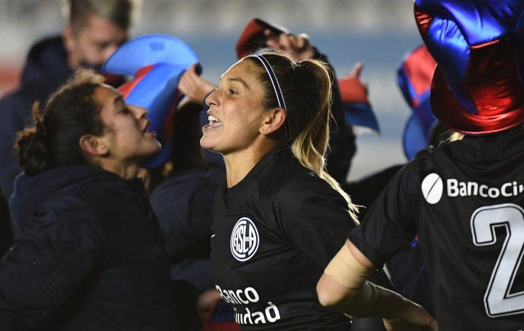 Débora Molina, de Brown a coronarse campeona con San Lorenzo