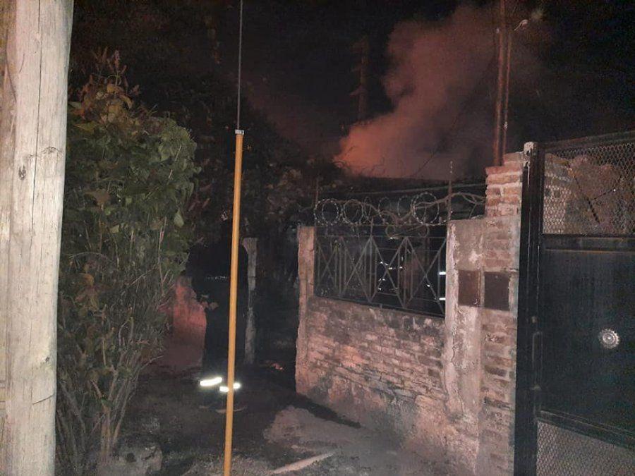 Incendio en una vivienda de Almirante Brown