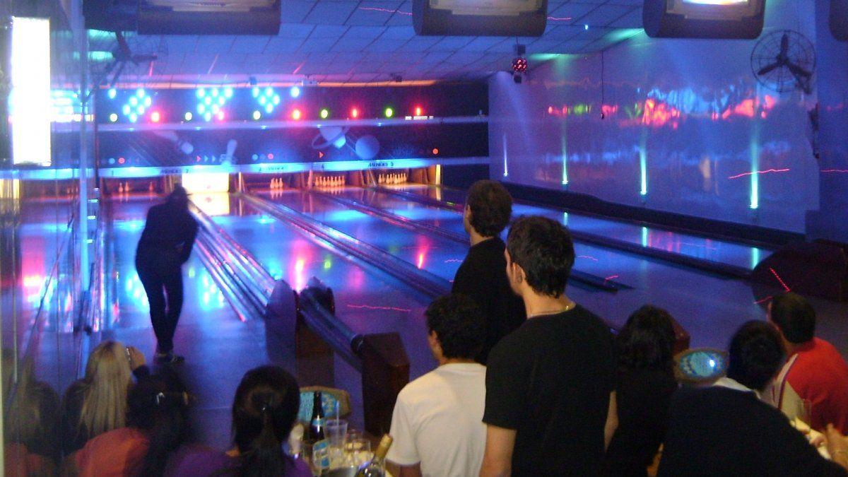 Emblemático bowling de Lomas en crisis: Se irán 40 años de historia a la basura
