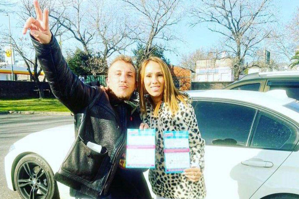 El Polaco y Barby Silenzi se vacunaron en Lanús