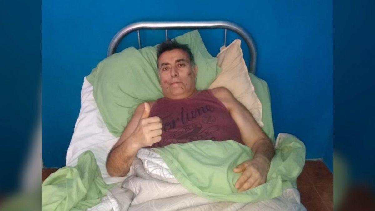 Emotivo video: enfermero del Lucio Meléndez recibió el alta tras luchar un mes por su vida