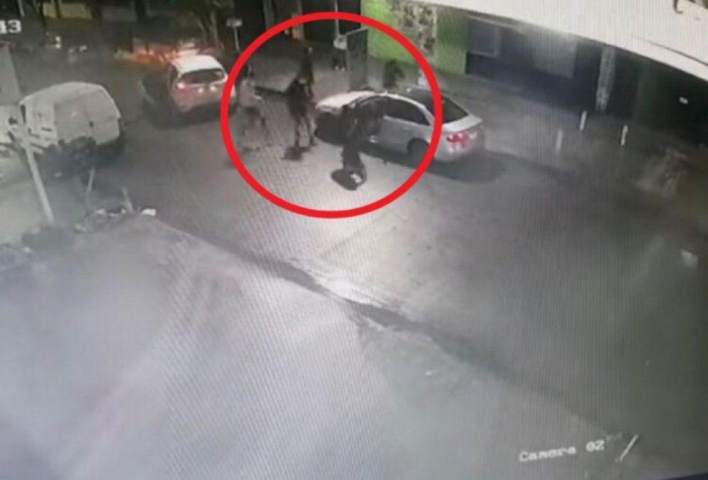 Robo piraña en Villa Fiorito: así le sacaron el auto a un vecino de Lanús