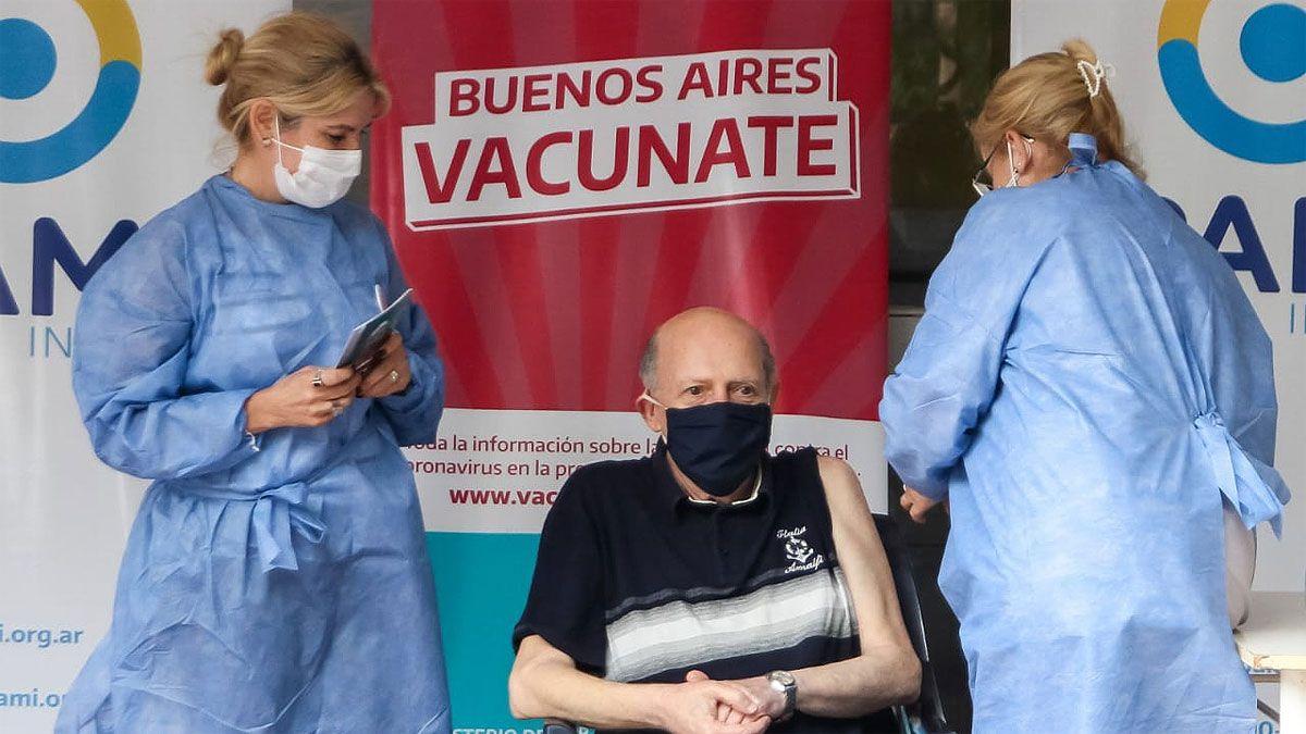 En Argentina, el 80% de los fallecidos por coronavirus fueron adultos mayores