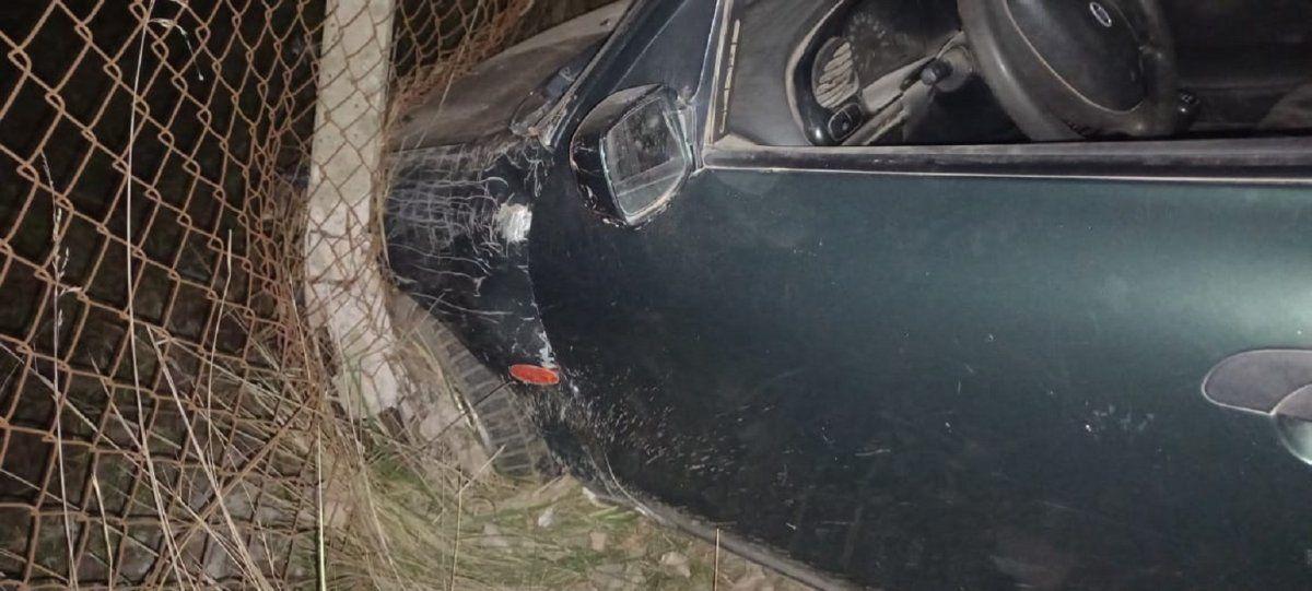 San Vicente: perdió el control de su auto y provocó destrozos en una fábrica