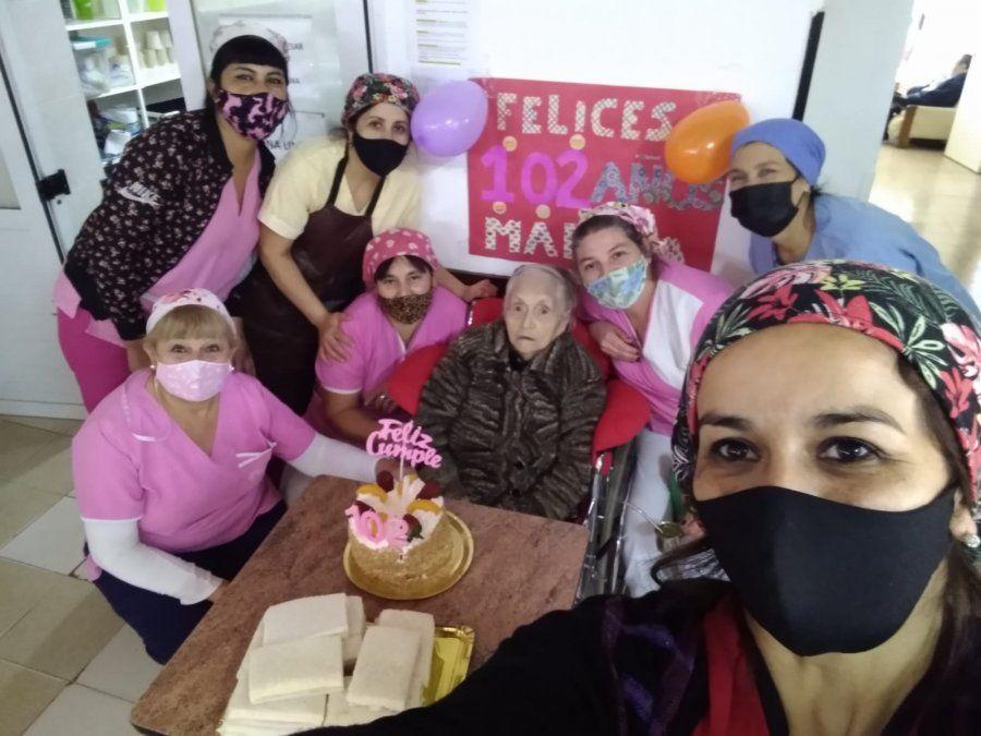 Festejo: una vecina de San Vicente llegó a los 102 años