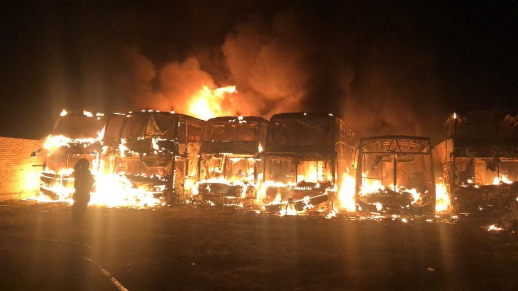 Incendio en Almirante Brown (Foto: Prensa Bomberos Voluntarios)