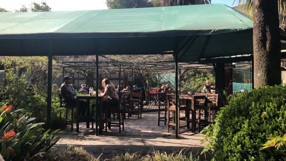 Bares y restaurantes de Adrogué reabrieron sus puertas