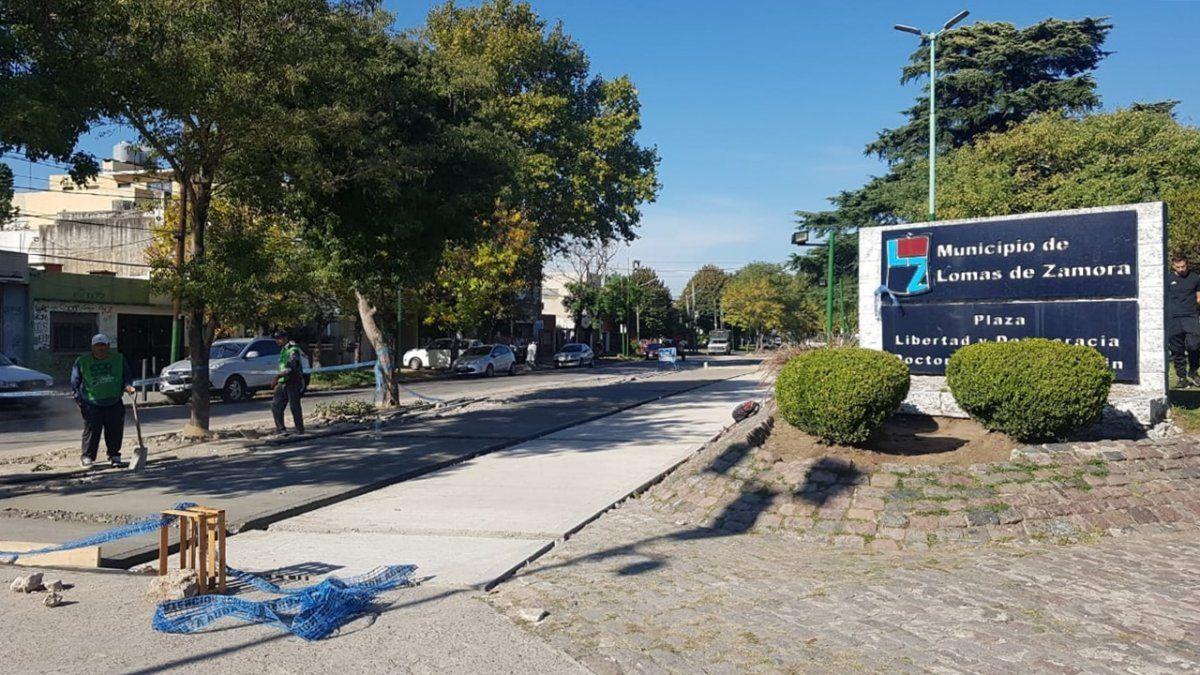 Lomas de Zamora: vecinos de la Plaza Libertad, preocupados por la prohibición de estacionar