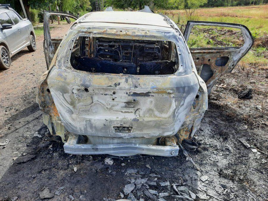 Golpe comando en El Candil: los vehículos robados aparecieron prendidos fuego