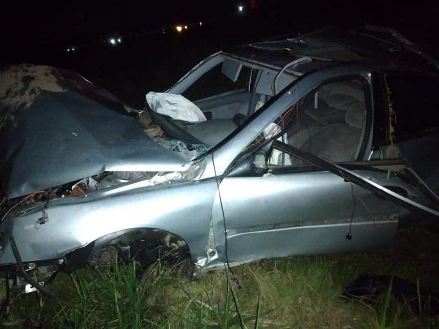 Misterioso accidente en la ruta 6: volcó un auto pero no encontraron a nadie