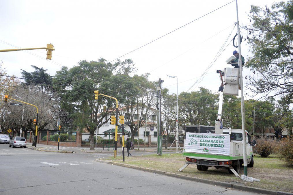 Nuevas cámaras de seguridad en Monte Grande y 9 de Abril