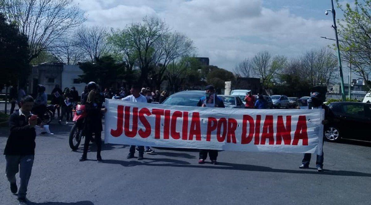 Manifestación por el caso de Diana Romero en Lanús.