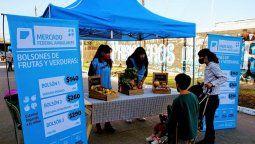mercado federal ambulante en glew: fruta, verdura y carne a precios economicos