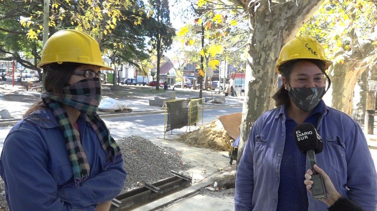 Rompiendo estereotipos: Andrea y Celeste, las albañilas de Almirante Brown