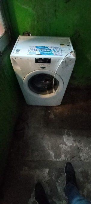 Lomas: cayó un ladrón que le robó electrodomésticos a la vecina