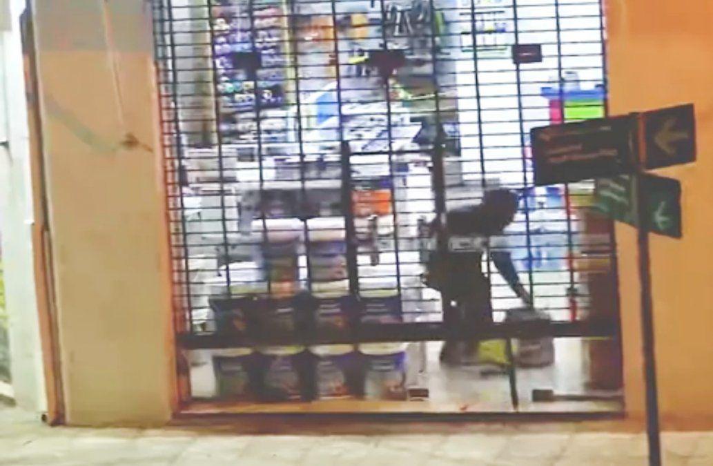 Intento de robo en pinturería de Monte Grande: dos detenidos