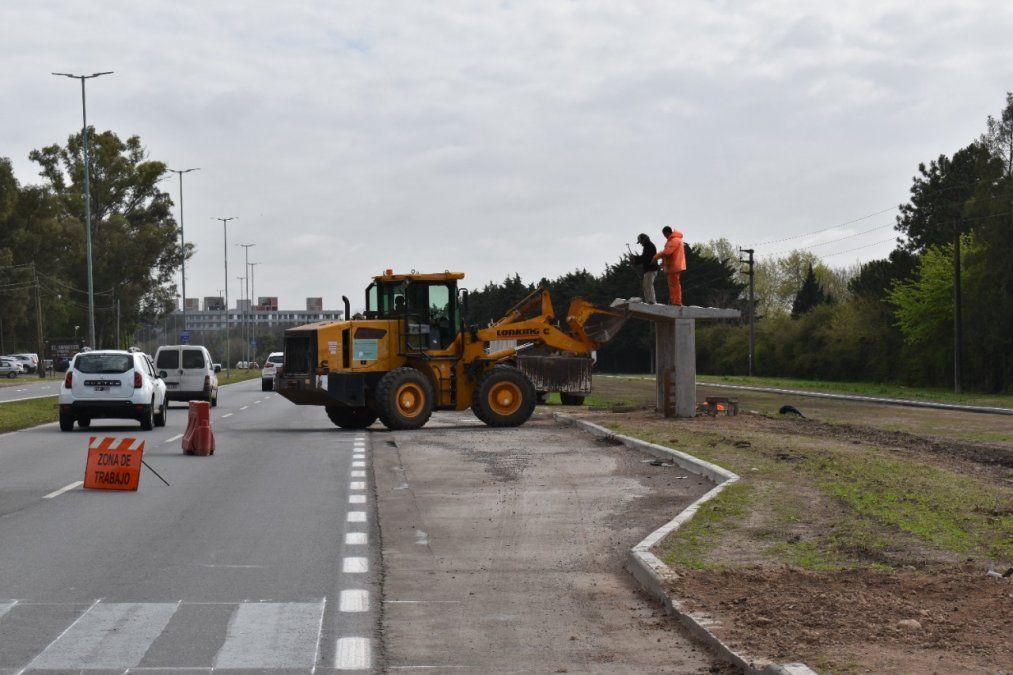 Ruta 58: colocan cuatro paradas de colectivos nuevas en Canning