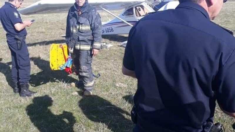 Aterrizaje forzoso: cayó una avioneta en San Vicente
