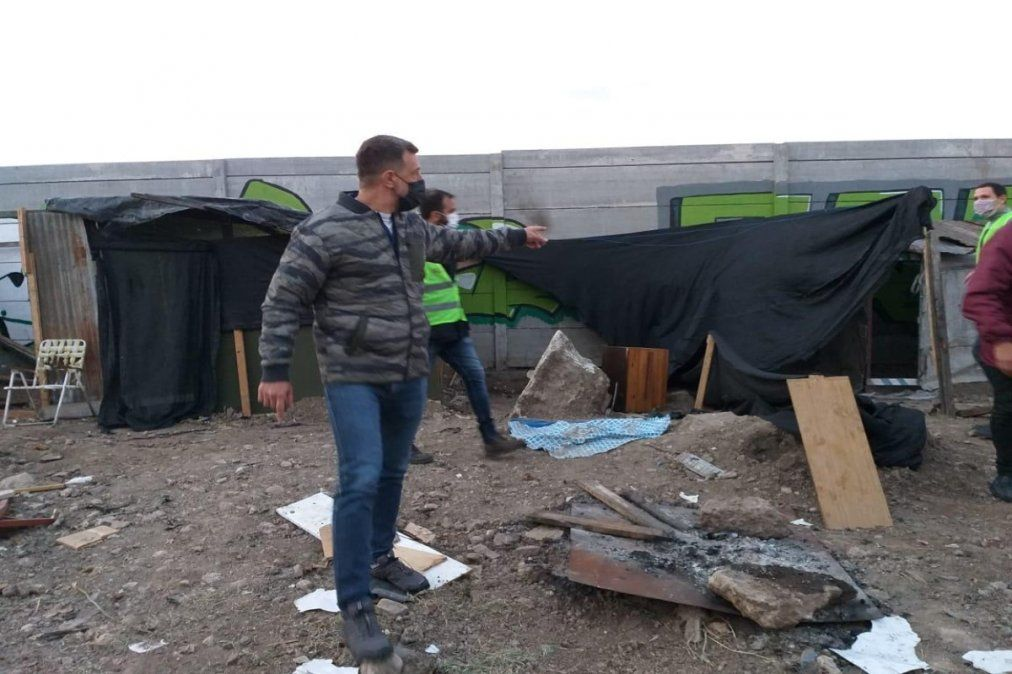 Lanús: desalojaron a más de 100 familias en el barrio ACUBA