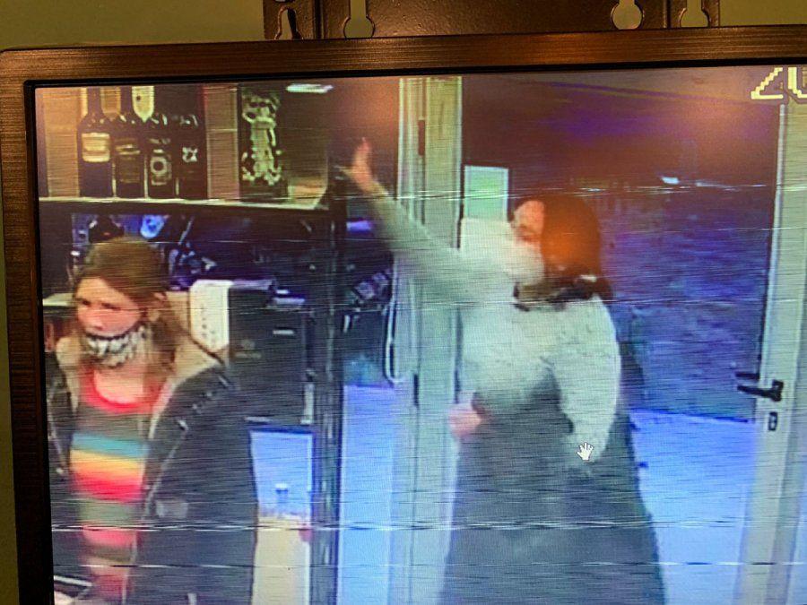 Mecheras de bebidas en Alejandro Korn: así robaron en un local