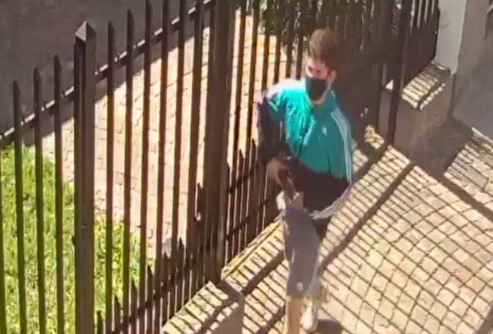 Imagen del delincuente antes de asesinar al vecino en Remedios de Escalada.